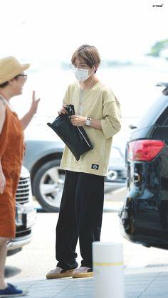 frickin love his fashion