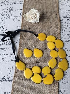Tagua necklace and earrings set. Big bold chunky necklace. Birthday gift ideas for her. Thanksgiving diner outfit