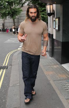 Jason Momoa Steps Out in London After Reportedly Being Cast in the Crow Reboot