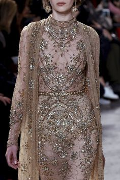 Elie Saab : Runway - Paris Fashion Week - Haute Couture Spring Summer 2017