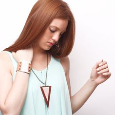 TRIANGULO leather necklace