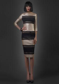 Dantela si piele- combinatia perfecta pentru petrecerea la cumpana dintre ani! Dream Dress, Two Piece Skirt Set, Skirts, Dresses, Fashion, Vestidos, Moda, Fashion Styles, Skirt