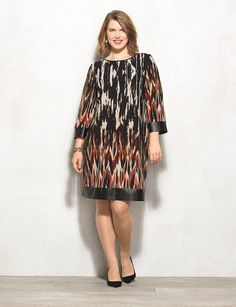 Finding a plus size dress that flatters your figure, feels great & will be worn for years to come is easy at dressbarn. Whether you're browsing for a special occasion or a dress you can wear year round, shop the latest in plus size dresses today! Plus Size Dresses, Plus Size Outfits, Apple Shape Fashion, Dress Bar, Looks Plus Size, Moda Plus Size, Curvy Outfits, International Fashion, Cute Fashion