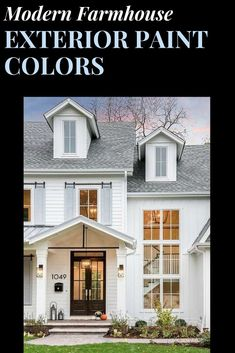Your home will be the best on the block by painting your home's exterior in one of these awesome modern farmhouse color schemes. Best House Colors Exterior, Exterior Paint Color Combinations, Best Exterior Paint, House Paint Exterior, Exterior Paint Colors, Color Schemes, Modern Farmhouse Exterior, Modern Farmhouse Style, Farmhouse Decor