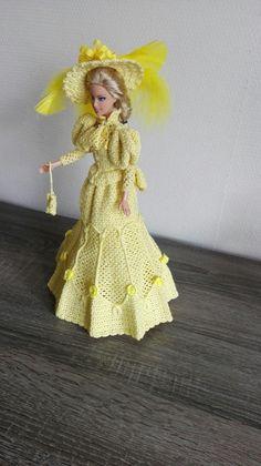 Barbiejurk 3 zelf gehaakt