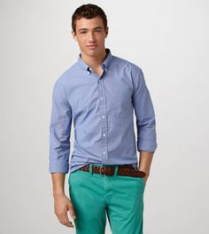 The shirt is not type 1 and does not match the bright pants. Turquoise Pants Outfit, Coral Pants, Bright Pants, Preston Style, Dark Skinny Jeans, Trends, Mens Outfitters, Jeans Brands, Mens Clothing Styles