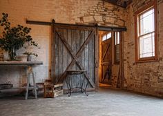 If I could incorporate this into a future home somehow, I definitely would. #barndoor