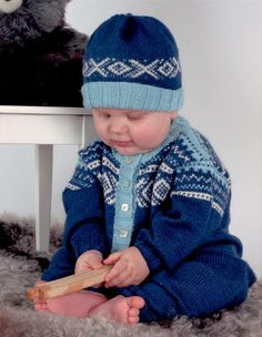 Tradisjon - Hel dress og lue Dresser, Winter Hats, Barn, Crochet Hats, Children, Fashion, Chopsticks, Tejidos, Knitting Hats