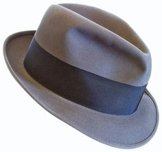 "vintage 1950's-60's KNOX ""Madison Ave"" men's FEDORA hat size 7 gray felt Popular Hats, Types Of Hats, Classic Hats, Trilby Hat, Hat For Man, Dress Hats, Cool Hats, Hat Sizes, Stylish Men"