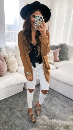 Are Looking for Best Fall Outfits ideas? We have the ultimate guide, with cute fall outfits, casual fall outfits, trending fall outfits, you can and should copy right now! Winter Outfits For Teen Girls, Cute Spring Outfits, Casual Fall Outfits, Fall Winter Outfits, Trendy Outfits, Cool Outfits, Classy Outfits, Warm Outfits, Fashion Outfits