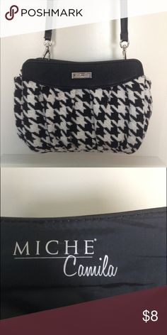My favorite PETITE MICHE SHELL! Camila Miche petite shell. Goes with literally everything! Lovely pattern and unlike many Miche covers it has side pockets which are incredibly helpful! Love love love! Gently used shell in wonderful condition. miche  Bags
