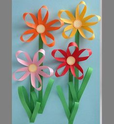 carterie, pergamano et tableaux - Page 13 Paper flowers Toddler Crafts, Preschool Crafts, Easter Crafts, Kids Crafts, Diy And Crafts, Spring Crafts For Kids, Summer Crafts, Art For Kids, Mothers Day Crafts