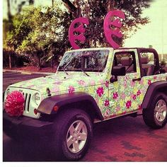 LILLY PULITZER JEEP. FOR CHRISTMAS