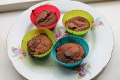 Suikervrije chocolade muffins Healthy Smoothies, Healthy Snacks, Healthy Recipes, Healthy Cookies, No Bake Cake, Cake Cookies, Vegan Gluten Free, Deserts, Food And Drink
