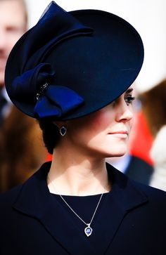 Kate Middleton, Duchess of Cambridge Kate Middleton Hats, Estilo Kate Middleton, Princesse Kate Middleton, Kate Middleton Style, Princesa Kate, Prince William And Kate, William Kate, Princess Charlotte, Princess Diana