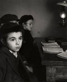 Roman Vishniac. '[David Eckstein, seven years old, and classmates in cheder…