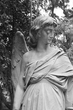 Details of angel at Bonaventure by Jeanie Sorrells Beach IMG_0162 | Flickr - Photo Sharing!