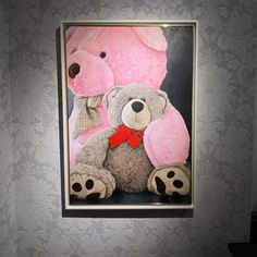 """The talented artist @viktoriasg is making a """"Teddy bear"""" series.  This painting is exceptional, the light and the depth give so much realism to this composition.  Incredible painting and artist 👏🏻  ✔️ Painting available for sale  💌 Contact is for more info www.viktoriasgallery.com  #art #artist #artistsoninstagram #artoftheday #viktoriasg  #teddybear #teddy #teddybears #painting #artpainting #oilpainting #love #bedroom #instaart #instaartist #artcollector #artlover Painter Artist, Drawing Artist, Artist Painting, Teddybear, Contemporary Artists, Art Day, Lovers Art, Insta Art, Composition"""