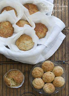 muffins de calabacín, queso y puerro
