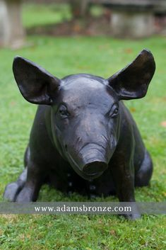 CLICK To See These Amazing Lifelike Animal Garden Statues Cast In Bronze To  Last Outdoors   Call 01364 649005 #bronze #pig #pigs #boar #garden #piglet  ...