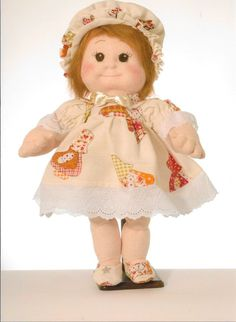 Soft Sculpture Doll Linda by Rossella Usai. Soft Sculpture Doll Step-by-step PDF Linda: needle-sculpting technique, pattern is on a full size PDF Doll Pattern.Instant Download.