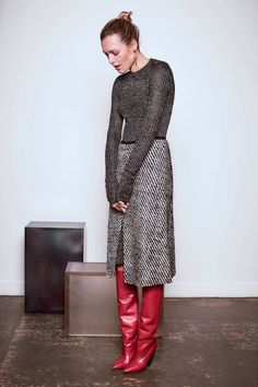 Isabel Marant Pre-Fall 2016 Fashion Show Collection: See the complete Isabel Marant Pre-Fall 2016 collection. Look 2 Fashion News, Fashion Show, Girl Fashion, Fashion Outfits, Fashion Design, Fashion Bloggers, Fashion Women, Latest Fashion, Style Fashion
