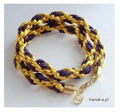 http://www.designspinka.pl/zlota-sliwka-na-bogato-2w1/ Pleciona ręcznie podwójna bransoleta- naszyjnik by HanaKa. Po rozwinięciu można nosić jako naszyjnik. Elegancko się prezentuje.