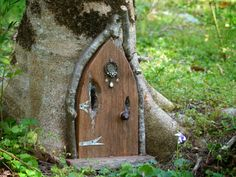 Rustic Wooden Fairy Door with Vintage Jewellery, Gothic Fairy Door, Arched Fairy Door