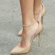 Christian Louboutin OFF!>> Reese wore the versatile Christian Louboutin Uptown pumps at the Toronto p Stilettos, Pumps Heels, Stiletto Heels, Nude Heels, Suede Pumps, Zapatos Shoes, Giuseppe Zanotti Heels, Prom Heels, Hot High Heels