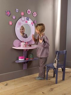 Modern furniture to put style at home into your kids room... Some luxury furniture to give glamour and desing ideas to inspire you!!! All this in Top 3 wall mirrors for kids room | Room Decor Ideas From: roomdecorideas.com