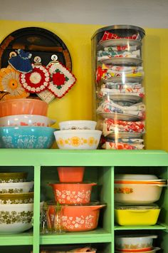 vintage pastry display with vintage dish towels - how cute is that!
