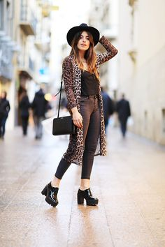 Dulceida: YELLOW SHOP LLEIDA Outfits With Hats, Fall Outfits, Fashion Outfits, Womens Fashion, Fashion Fashion, Yellow Shop, Fashion Lookbook, Long Cardigan, Passion For Fashion
