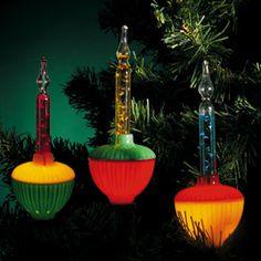 bubble Christmas tree lights - I thought these were so cool!