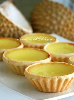 I had my first durian egg tart or durian custard tart  bought from Karak in 1999.. long ago.  It was a treat from my housemate from Kua...