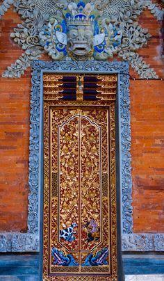 Ornate blue and brown door and entrance in Bali, Indonesia Door Entryway, Entrance Doors, Doorway, Cool Doors, Unique Doors, Gates, Beauty Dish, Knobs And Knockers, Door Gate