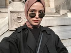Hijab styles 698691329669515198 - Helloo💘 Source by Modest Fashion Hijab, Street Hijab Fashion, Casual Hijab Outfit, Hijab Chic, Muslim Fashion, Niqab, Hijab Makeup, Look Fashion, Fashion Outfits