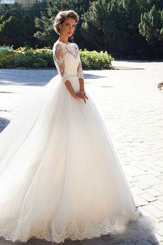 [175.63 € ] Robe de mariée princesse trapèze traîne mi-longue ras du sol