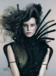 Reminds me of a female version of Edward Scissor Hands