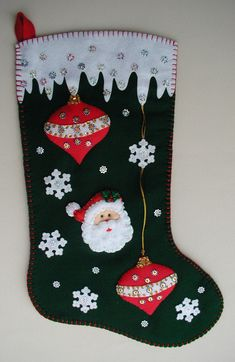 39 ideas for crochet christmas stocking personalized Diy Christmas Ornaments, Felt Ornaments, Christmas Love, Handmade Christmas, Christmas Decorations, Felt Christmas Stockings, Crochet Christmas Trees, Christmas Sewing, Felt Crafts
