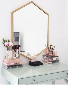 Image about makeup in Room Inspo by Cheap Home Decor, Diy Home Decor, Rangement Makeup, Home Design, Interior Design, Design Ideas, Modern Interior, Design Design, Luxury Interior