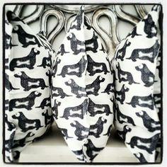 "New ""Hot Dog"" Cushions... Sam Cross, Cross Art, Dog Cushions, Decorative Accessories, Hot Dogs, Printing On Fabric, Fabric Printing"