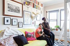 I love browsing through the Apartment Therapy Website!  This place is super cute! Description: Andy & Danielle's Cozy, 325 Square Foot Chicago Studio — House Tour