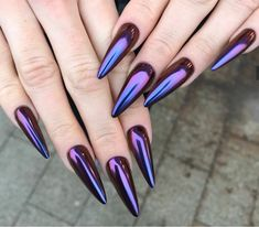 Lovely Chrome Beetle Design Nails 2019 Lovely Chrome Beetle Design Nails Chrome nails are having a minute at this moment, and in case you're contemplating giving high-sparkle nails a go, here are 21 diverse approaches to Edgy Nails, Stiletto Nails, Cute Nails, Pretty Nails, Chrome Nails Designs, Nail Art Designs, Cute Nail Colors, American Nails, Metallic Nails