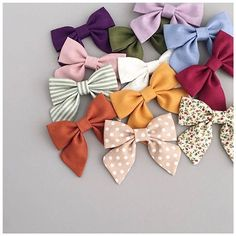 The countdown is on! We'll be adding our summer brights to these gorgeous basic S O O N! Piggies coming in every colour too 🙌🏻 Diy Hair Bows, Making Hair Bows, Diy Bow, Handmade Hair Bows, Handmade Baby, Baby Girl Bows, Girls Bows, Kona Cotton, Fabric Bows
