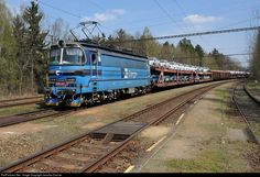 Net Photo: CD 230 067 1 Ceske Drahy CD 230 at Chotycany, Czech Republic by Jaroslav Dvorak Railroad Pictures, Train Art, Light Rail, Czech Republic, Transportation, World, Car, Model Trains, The World