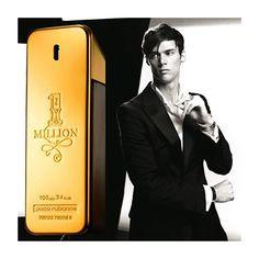 1 Million de Paco Rabanne é uma fragrância de sucesso mundial! Esta e diversas outras fragrâncias de várias marcas esperam por você com preços e condições ótimas no nosso site! Acessem essenceperfumaria.com ou nos contatem pelo e-mail atendimento@essenceperfumaria.com! #perfume #perfumes #fragrância #essenceperfumaria