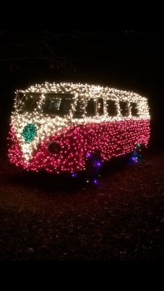 I'm seriously dying over this.christmas and my bus waaahhhhh