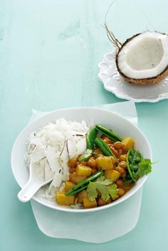 Chickpea curry with coconut rice - Ideas Veggie Recipes, Asian Recipes, Vegetarian Recipes, Healthy Recipes, Veggie Meals, Healthy Eats, Vegetarian Curry, Chickpea Curry, Coconut Rice