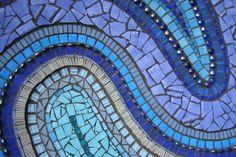 Mit Mosaiksteinchen kann man sehr kreativ arbeiten - versuchen Sie sich doch einmal an einem Spiegel!