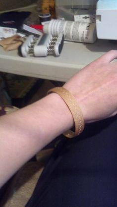 Stitches and Sparkles: How to make ballroom jewelry: the rhinestone bangle